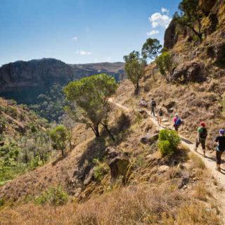 Wanderung im Isalo Nationalpark - Paul Sutton | erlebnisreisen-afrika.de